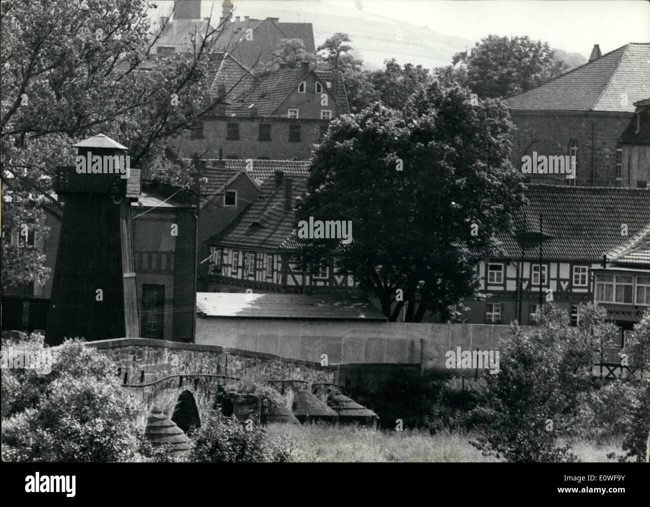 Ungewöhnlich Stacheldraht Clipart Grenze Bilder - Der Schaltplan ...