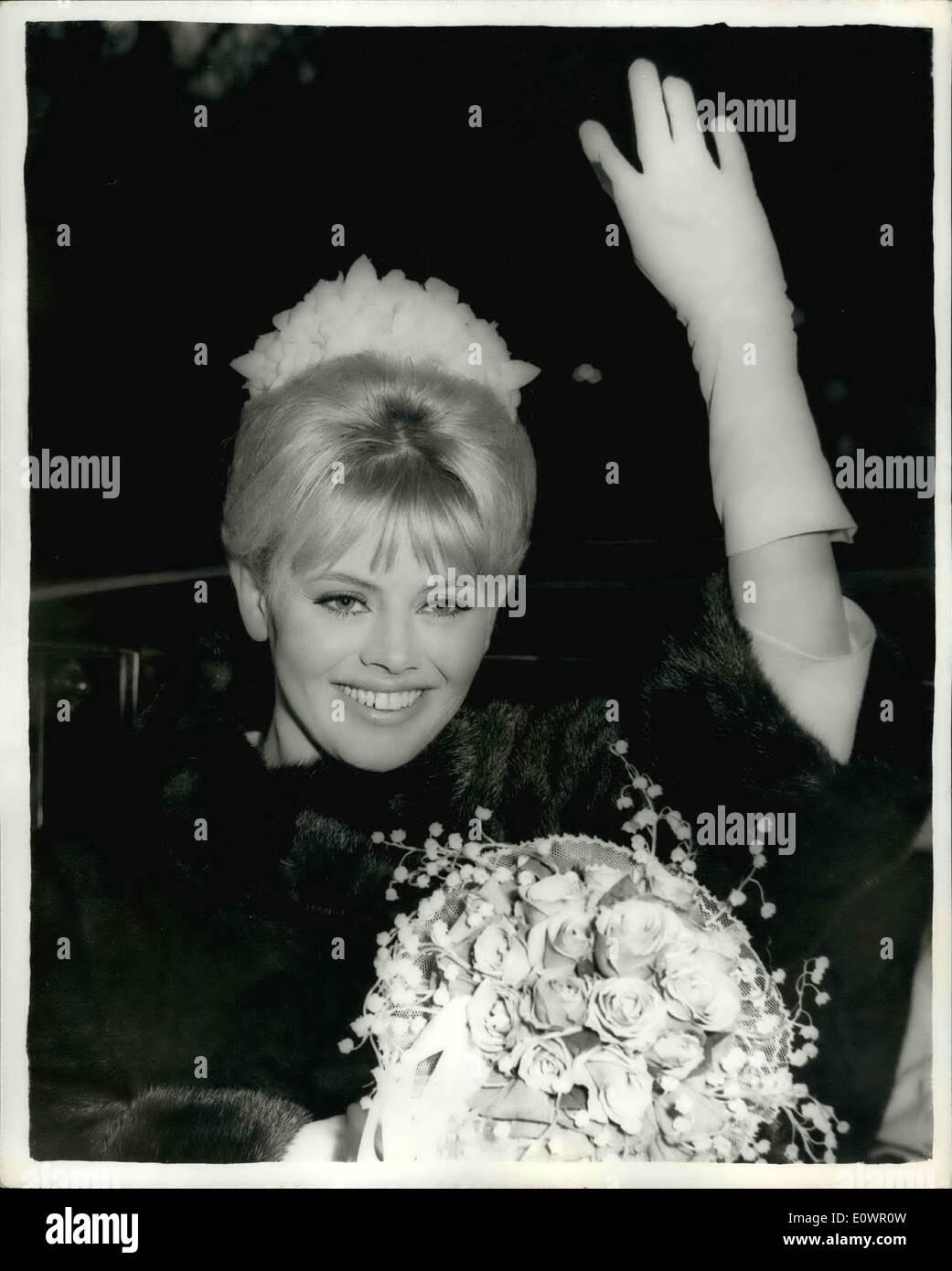 Die Braut Trug Schwarz Stockfotos Die Braut Trug Schwarz Bilder