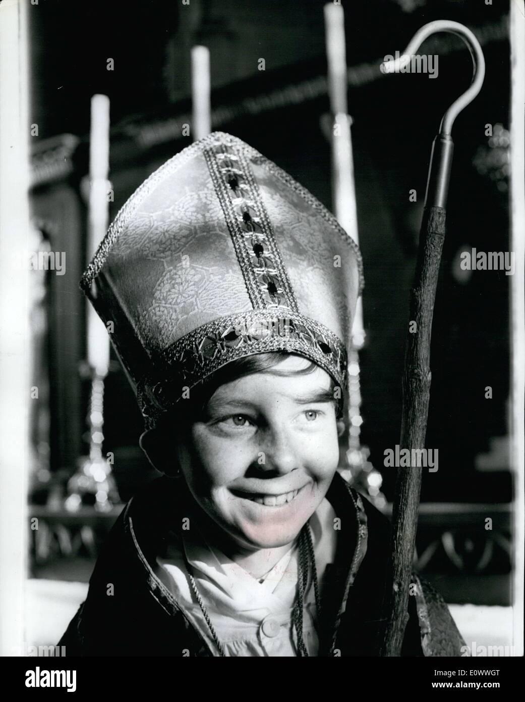Boy Bishop Stockfotos & Boy Bishop Bilder - Alamy