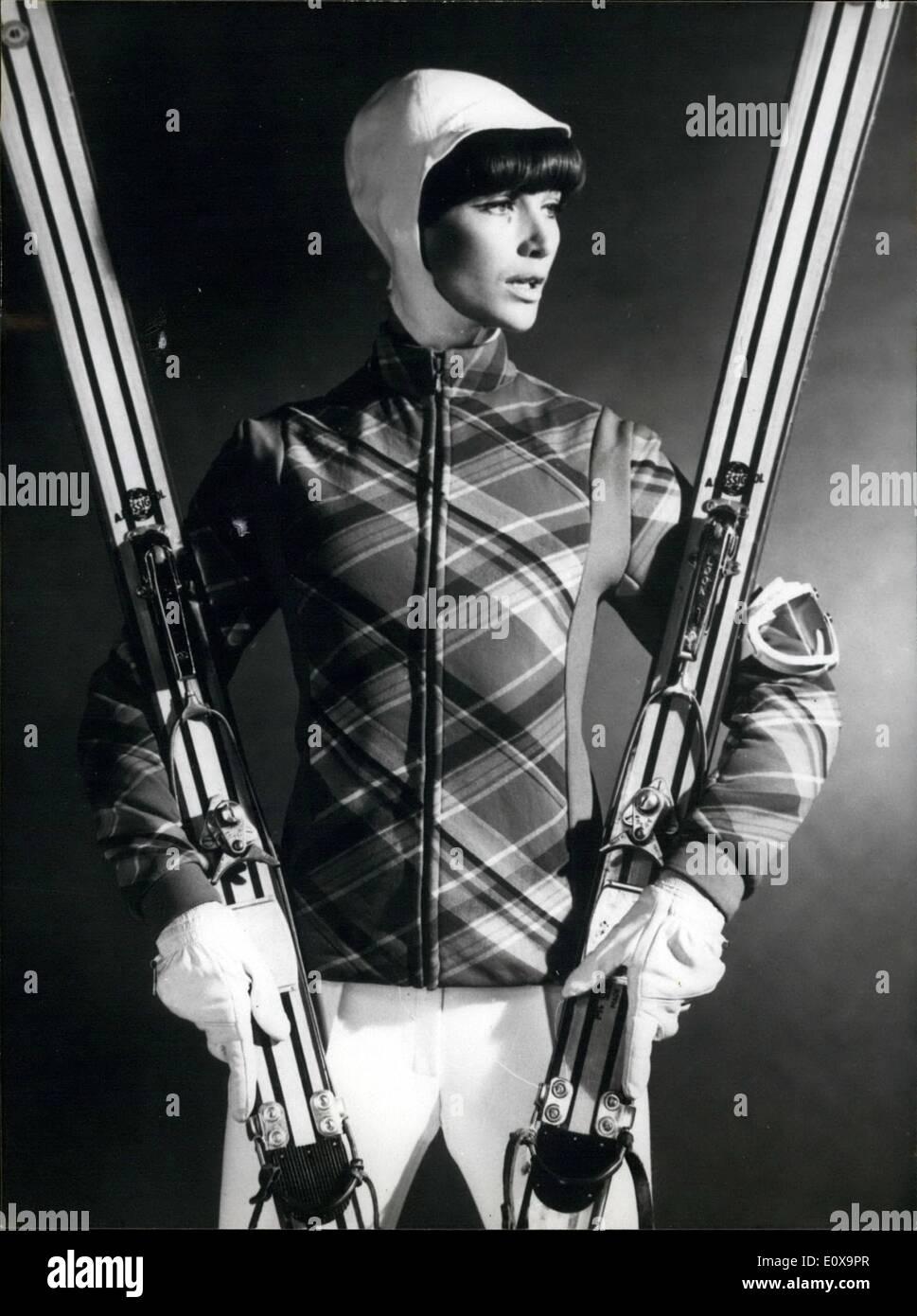 huge selection of b40f8 49665 10. Oktober 1965 - Paris Mode. Ops: Ski-Outfit von Paris ...