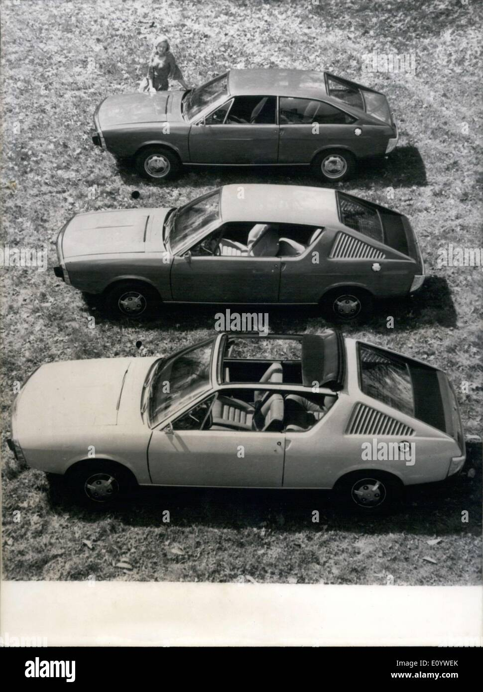 Renault Convertible Stockfotos & Renault Convertible Bilder - Alamy