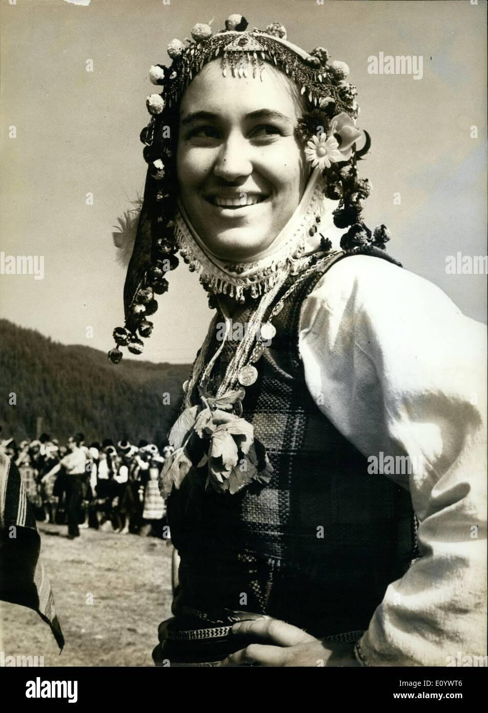 8. August 1971 - Folklore-Festival: OPS: eines der vielen Teilnehmer des Festivals. Stockbild