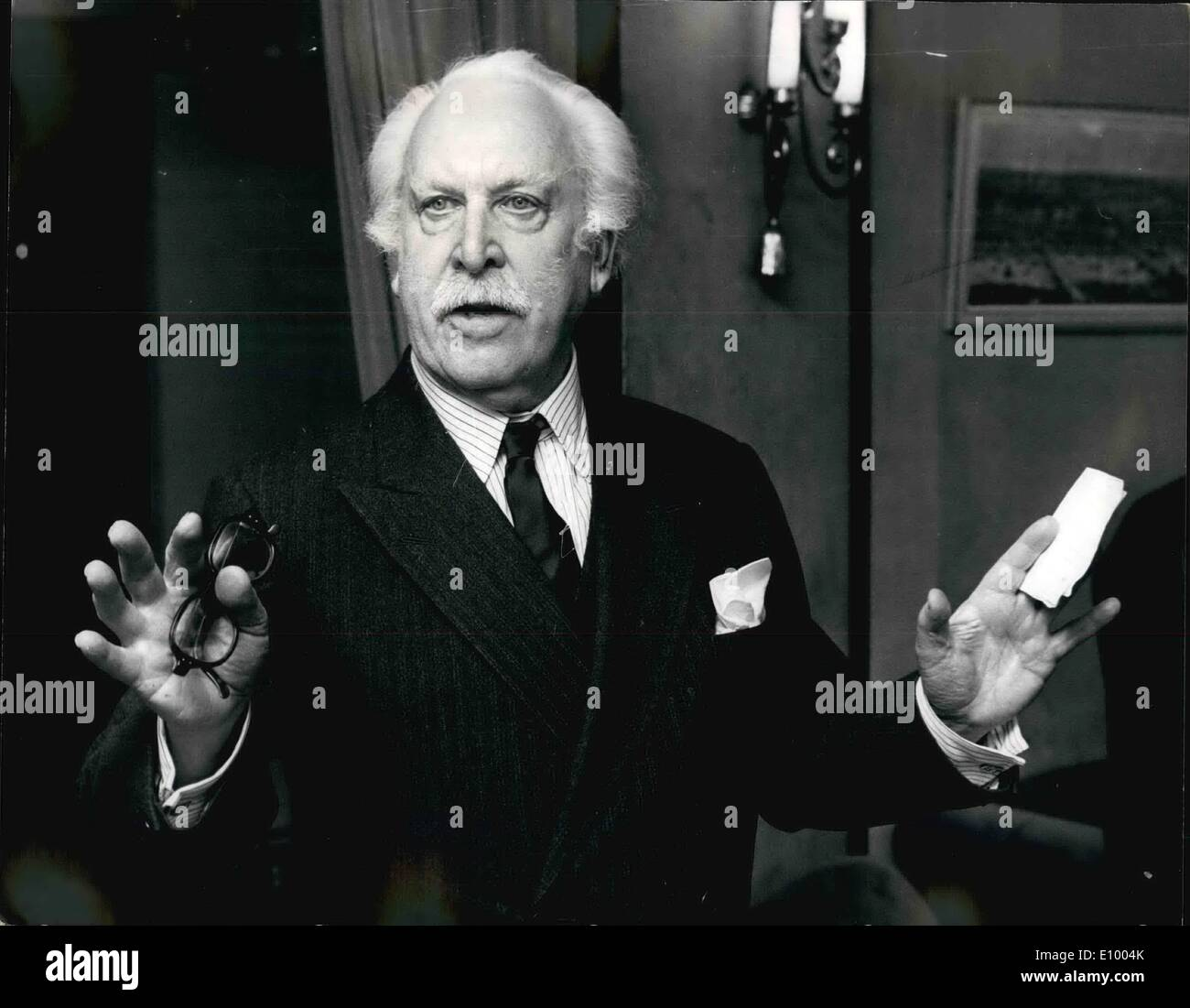 1. Januar 1972 - Gala Konzert Performance von Sir Arthur Bliss Oper '' The Olympians'' für die Royal Festival Hall.: Stockfoto