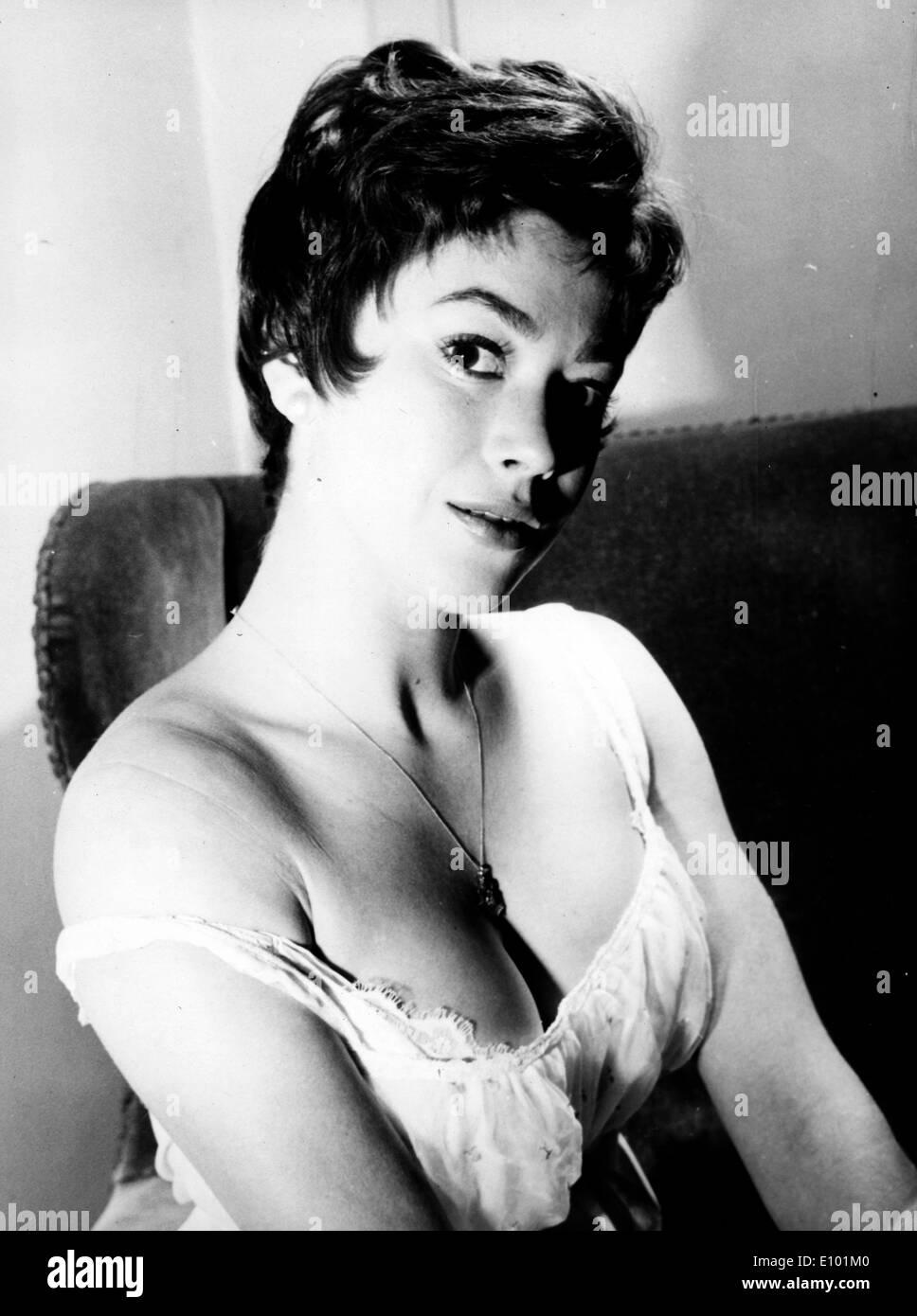 Englische Tänzerin Schauspielerin GILLIAN VAUGHAN stellt in einem studio Stockbild