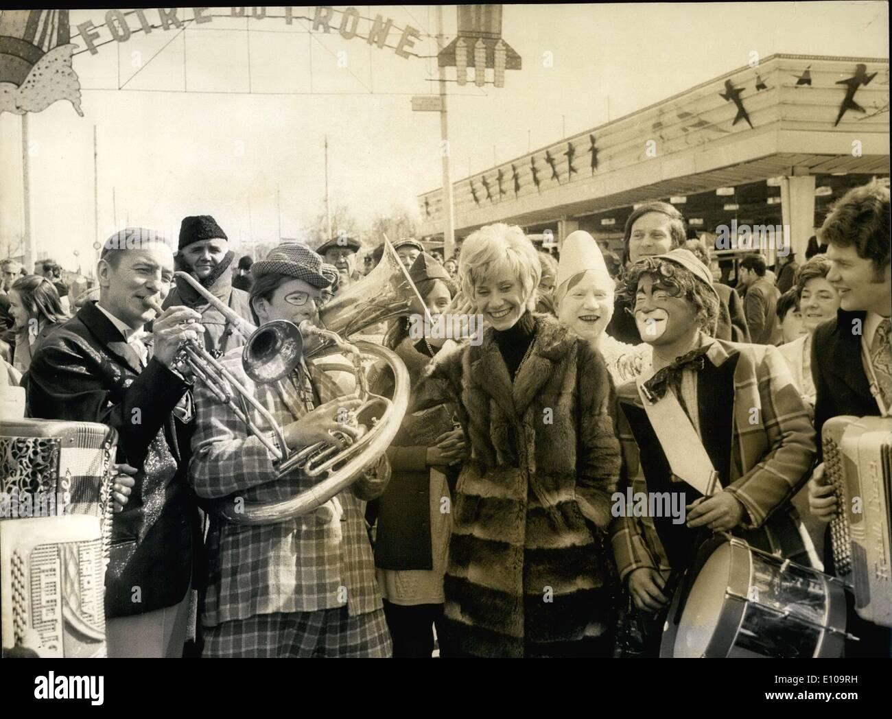 2. April 1970 - Sterne Royal Fair Clowns willkommen Sponsor & TV Daniele Gilbert Stockbild