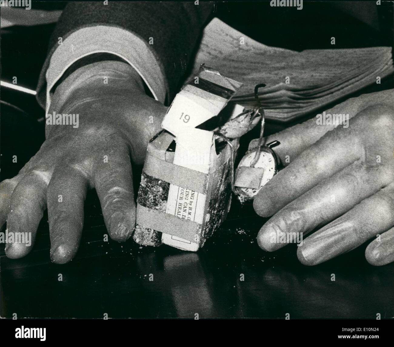 Cigarette Packet Stockfotos & Cigarette Packet Bilder - Seite 26 - Alamy