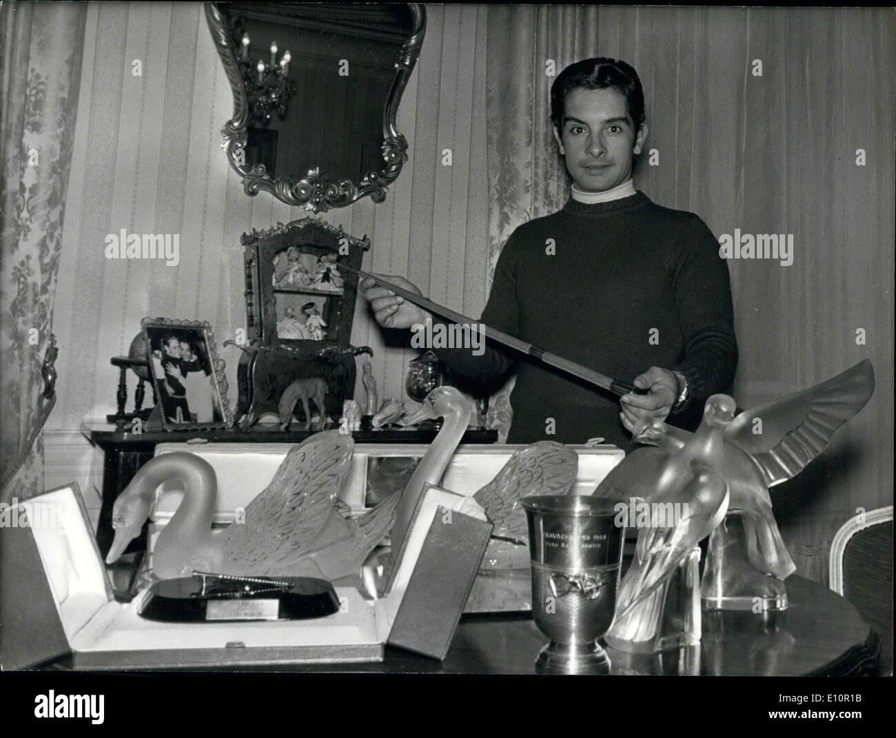 4. Dezember 1973 - gewann Saint Martin insgesamt 10 goldene Ernte ausgezeichnet, die Jockey gegeben werden, der die meisten Siege hat Stockbild