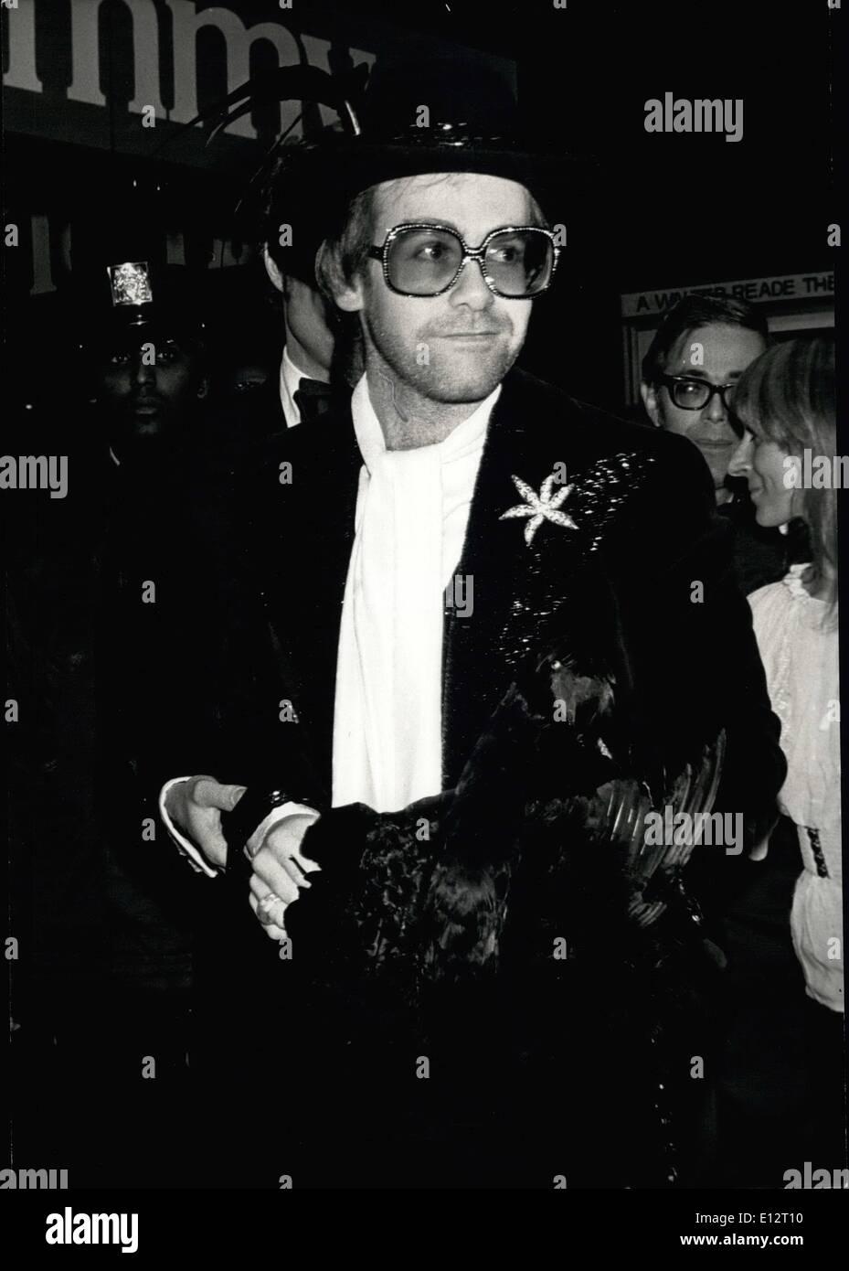 24. Februar 2012 - Elton John, N.Y., Tommy'' Premiere Stockbild