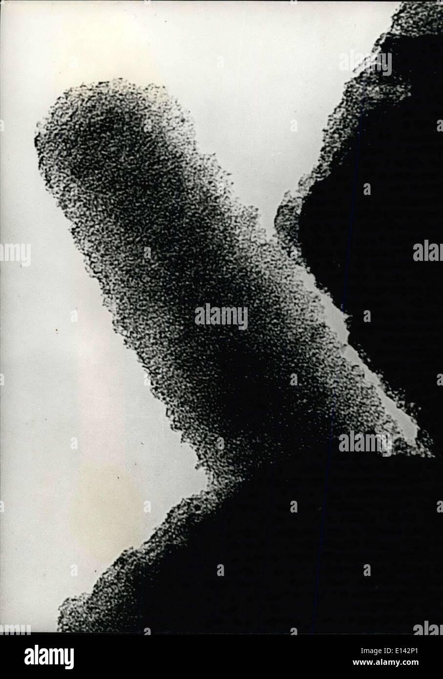 4. April 2012 - aussehen Aktivkohle Teilchen vergrößert 1.000.000 Mal durch das Elektronenmikroskop. Stockbild