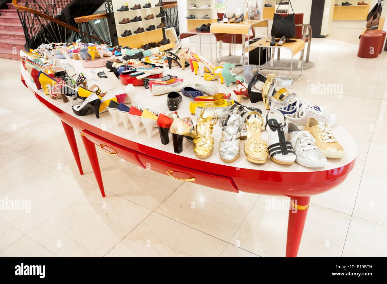 Shoe Shop Upmarket
