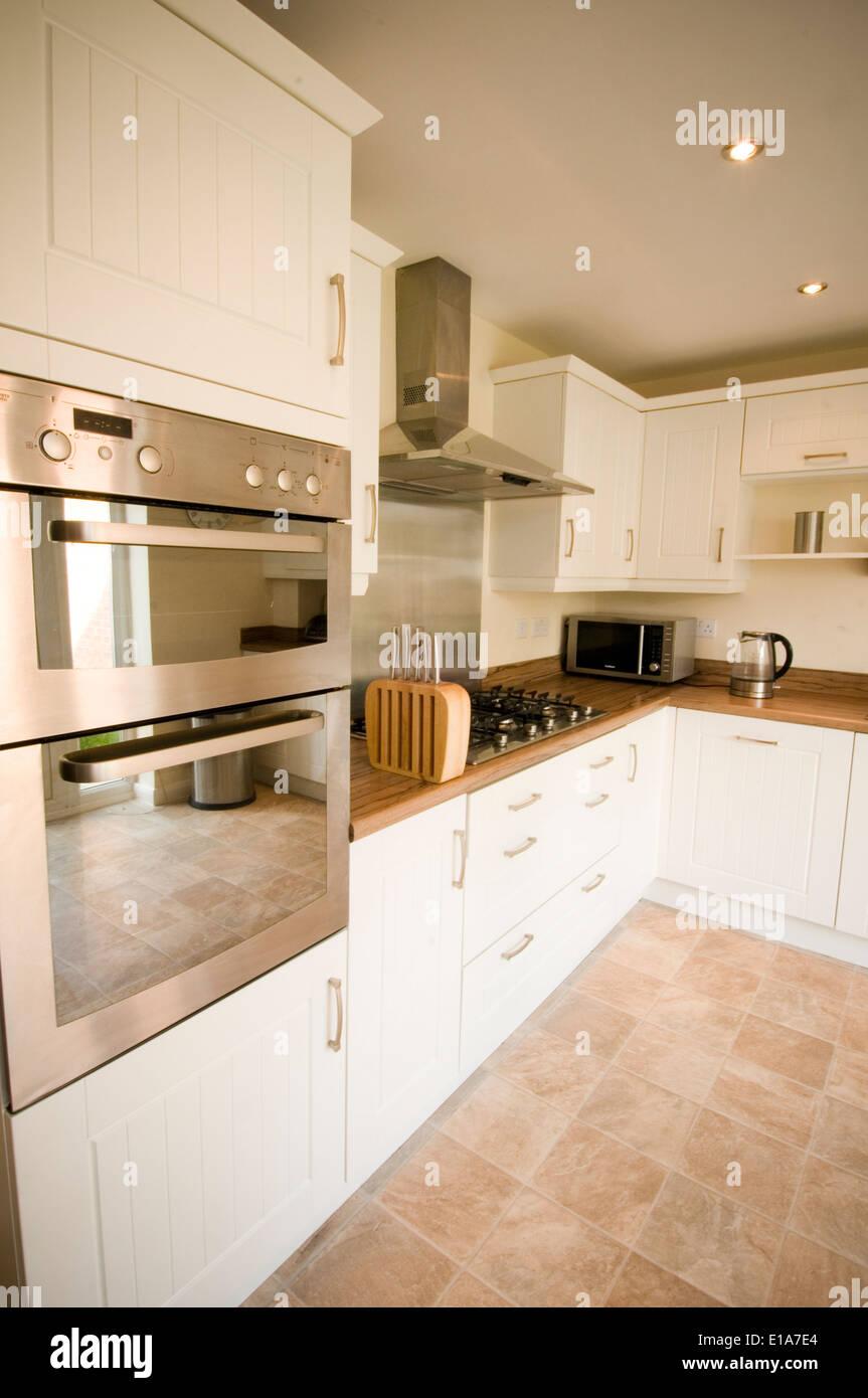Entzückend Moderne Häuser Innen Referenz Von Durchschnittliches Dekoration Verziert Durchschnittliche Typische Uk England