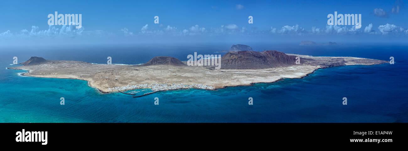 Panorama der Insel La Graciosa vom Mirador Del Rio. Lanzarote, Kanarische Inseln, Spanien. Stockbild