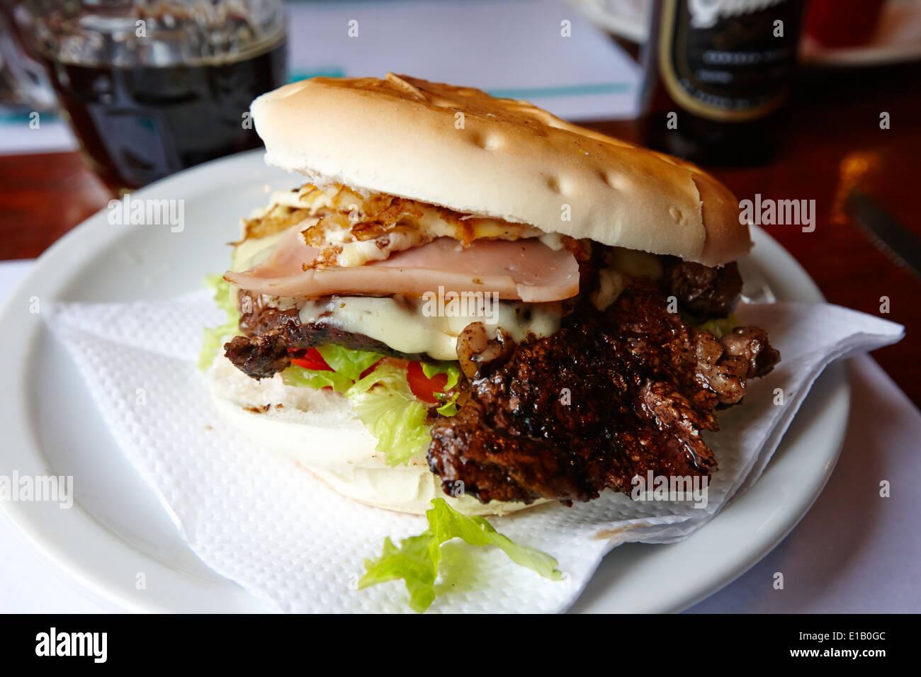 Hamburguesa Steak Sandwich Ushuaia, Argentinien Stockbild