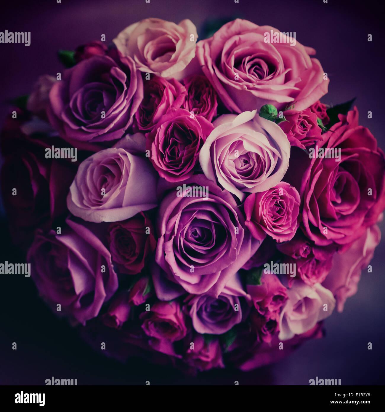 Hochzeitsblumen Rosa Und Rote Rosen Selektiven Fokus Vintage