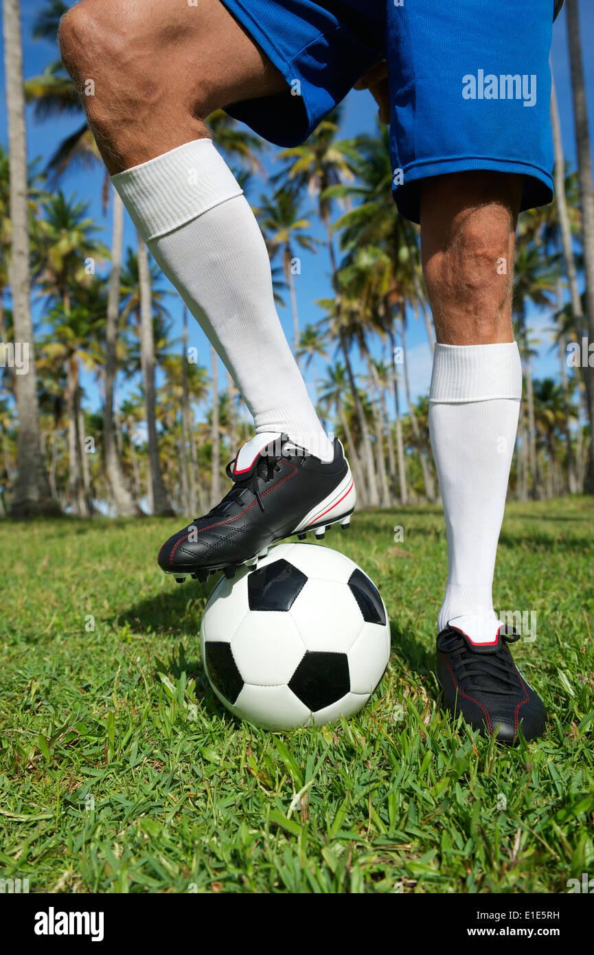 Brasilianischer Fußballspieler in Brasilien Farben einheitlich auf ...