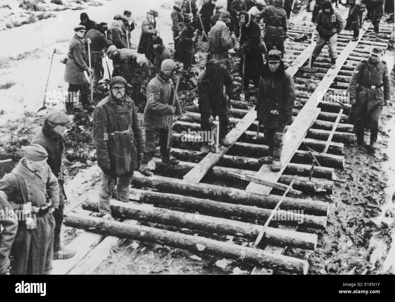 Propaganda-Text! von Nazi-Berichterstattung auf der Rückseite des ...