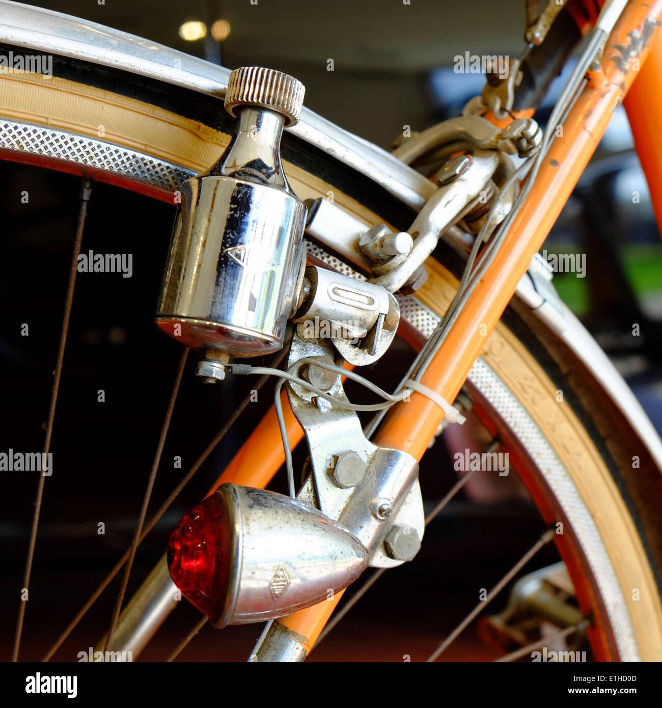 vintage racing bike stockfotos vintage racing bike bilder alamy. Black Bedroom Furniture Sets. Home Design Ideas