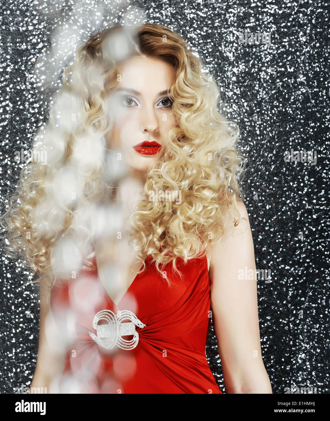 Allure. Glänzende stilvolle Frau - Glitter. Magnetismus Stockbild