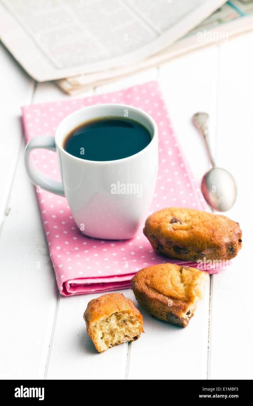 Das Frühstück. süßes Dessert und Kaffee Stockbild