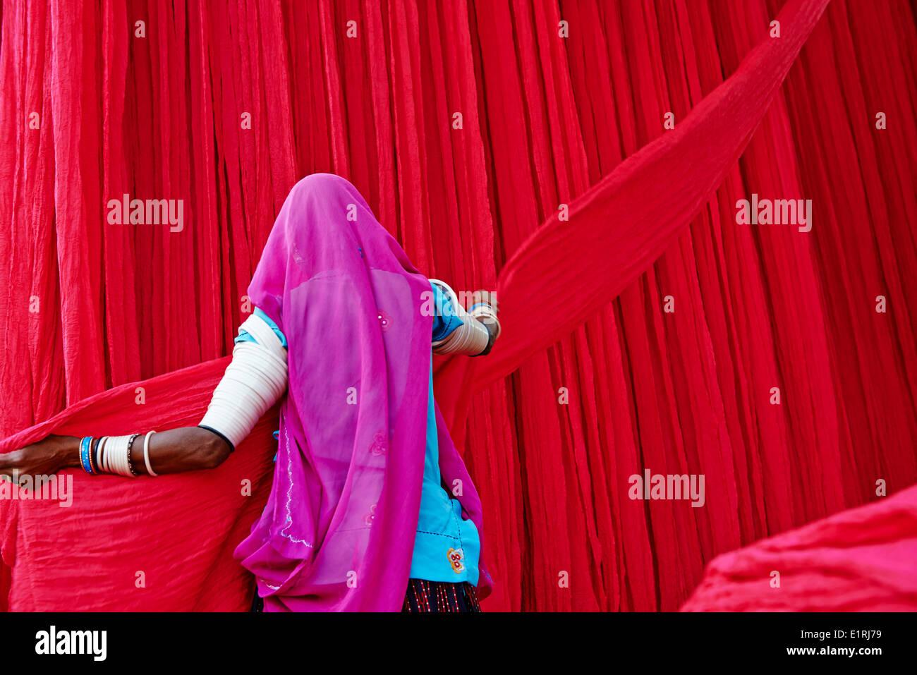 Indien, Rajasthan, Sari Textilfabrik Stockbild
