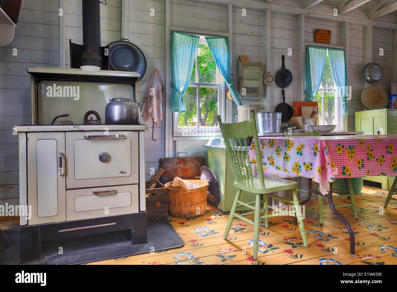 Sommerküche Zum Vorbereiten : Sommerküche stockfotos sommerküche bilder alamy