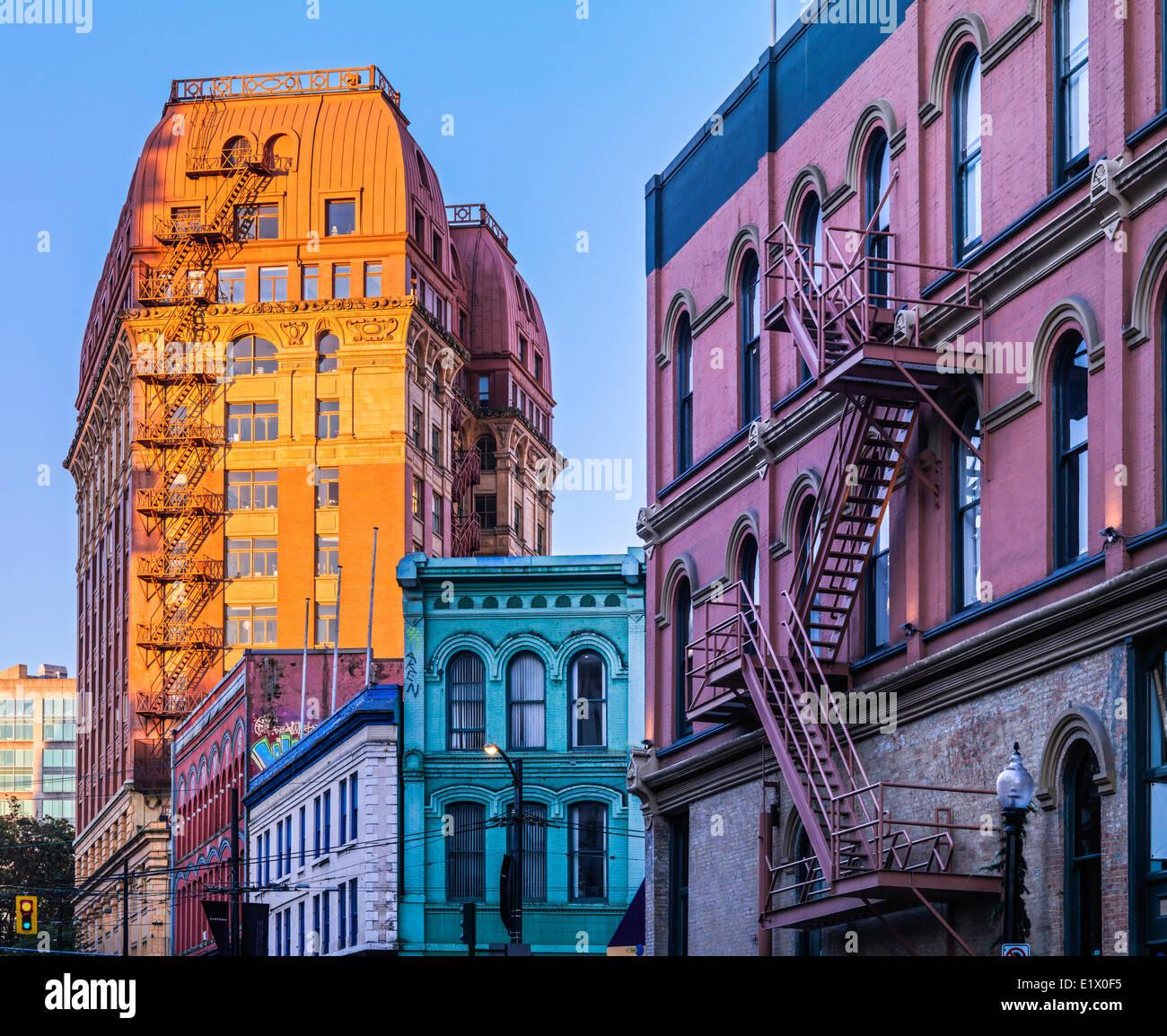 Wohnhäuser in der Innenstadt von Vancouver, British Columbia, Kanada Stockbild