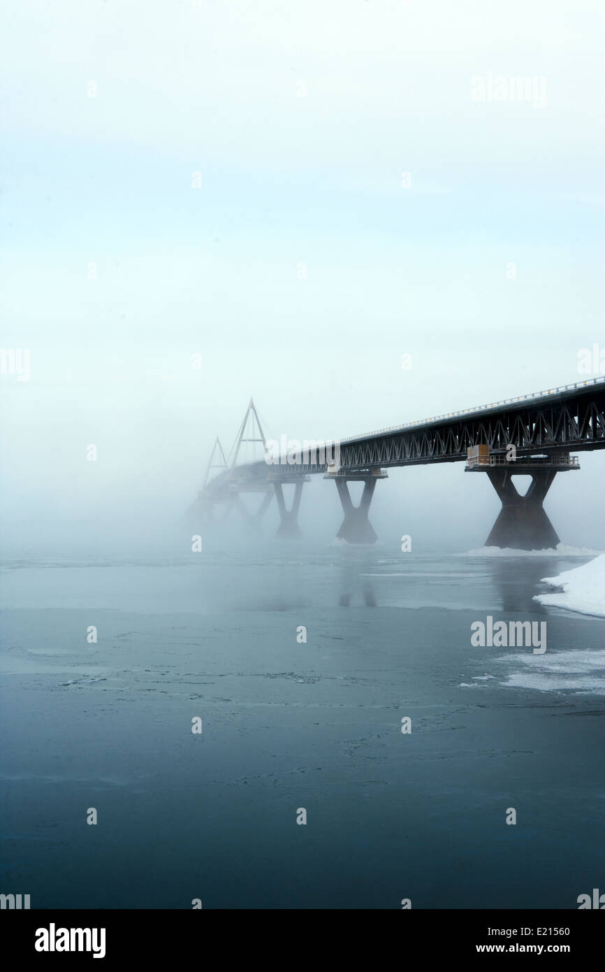 Die Deh Cho Bridge in den Northwest Territories, Kanada Stockbild