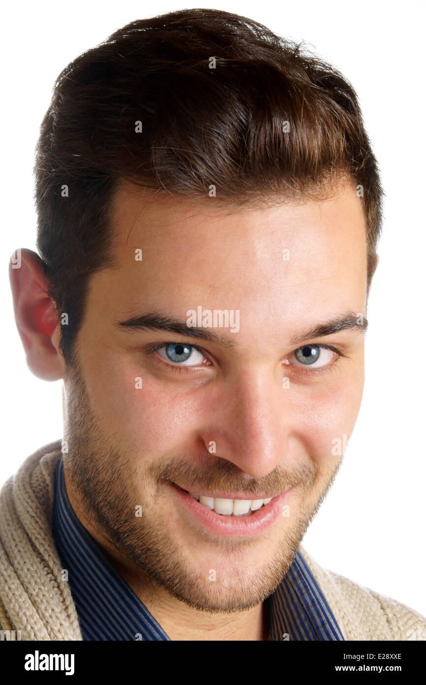 Porträt von ein lächelnder 20 jährige junge Mann mit
