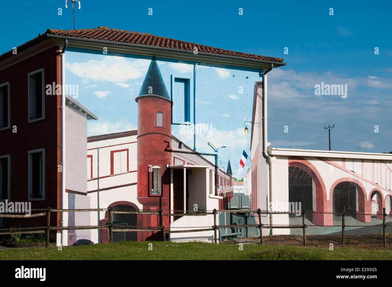 Erstaunliche Trompe l \' oeil auf ein Haus in das kleine Dorf St ...