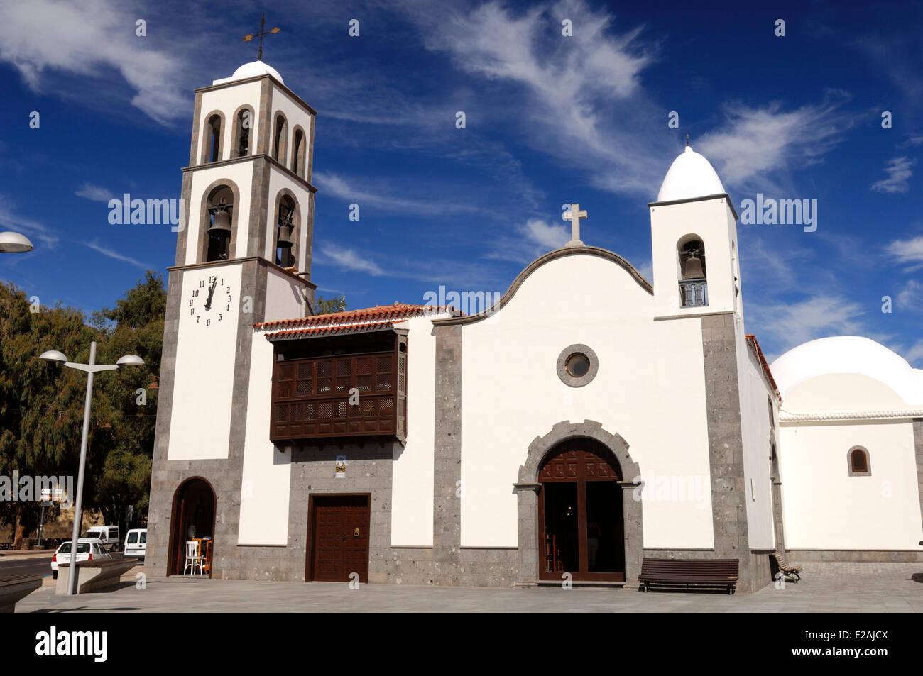 Spanien, Kanarische Inseln, Teneriffa, Santiago del Teide, Santiago-Kirche Stockbild