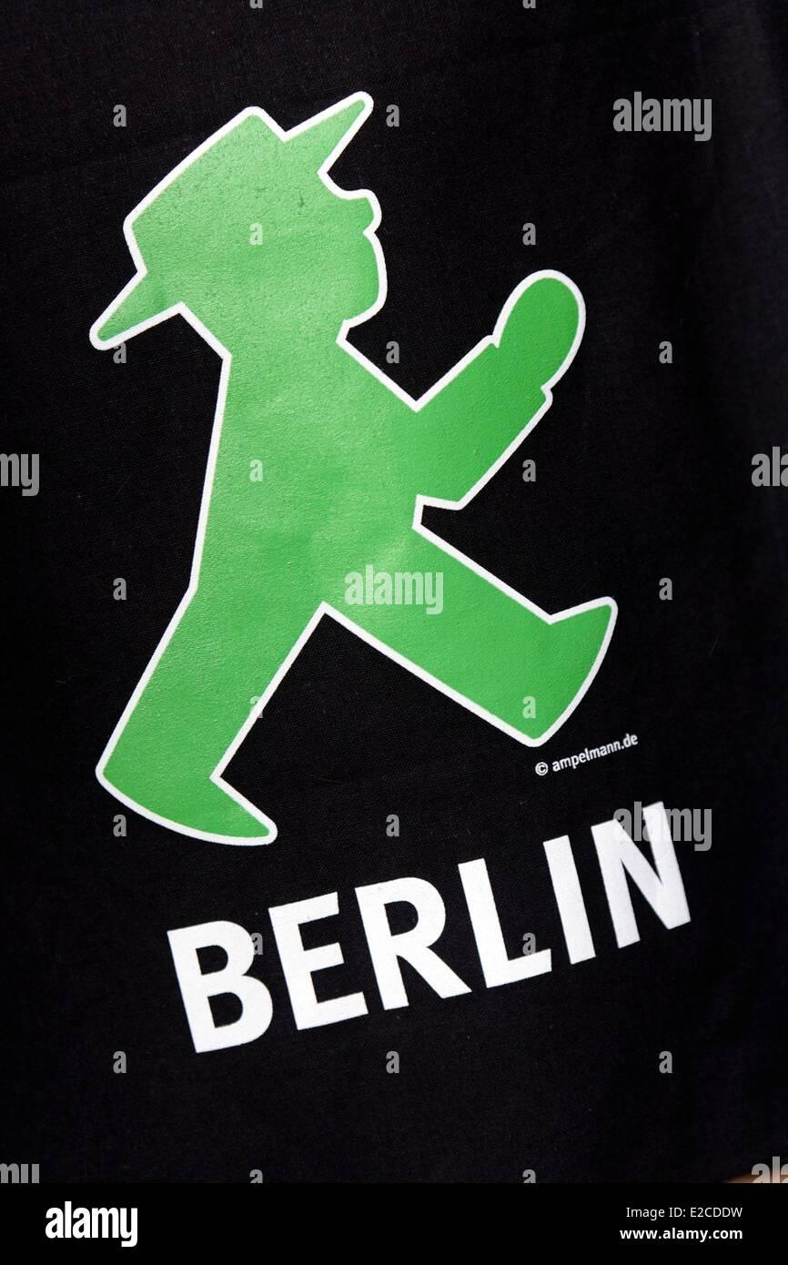 Deutschland, Berlin, Shop Ampelmann Galerie Shop widmet sich rote und grüne Zeichnungen auf Ampeln für Fußgänger Stockfoto