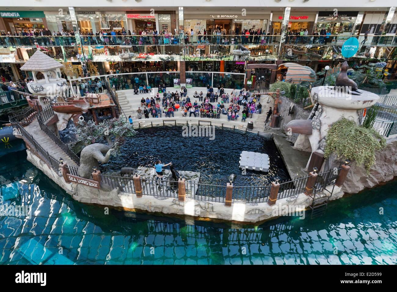 Kanada Alberta Edmonton West Edmonton Mall das größte Einkaufszentrum in Kanada Sea Lion Rock show mit Stockbild