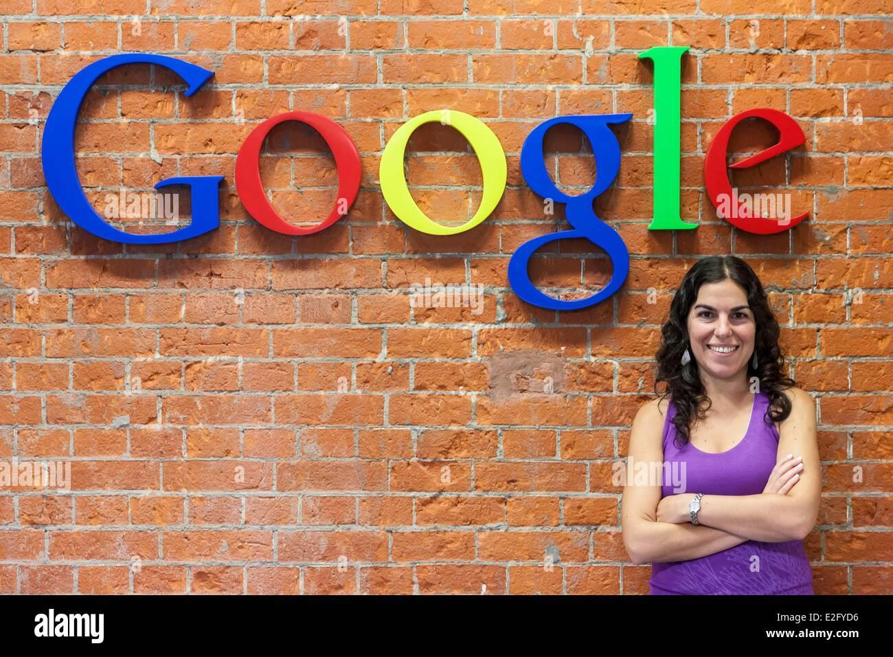 Argentinien Buenos Aires Puerto Madero Bezirk Hauptsitze von Google Argentinien Angestellter in das logo Stockbild