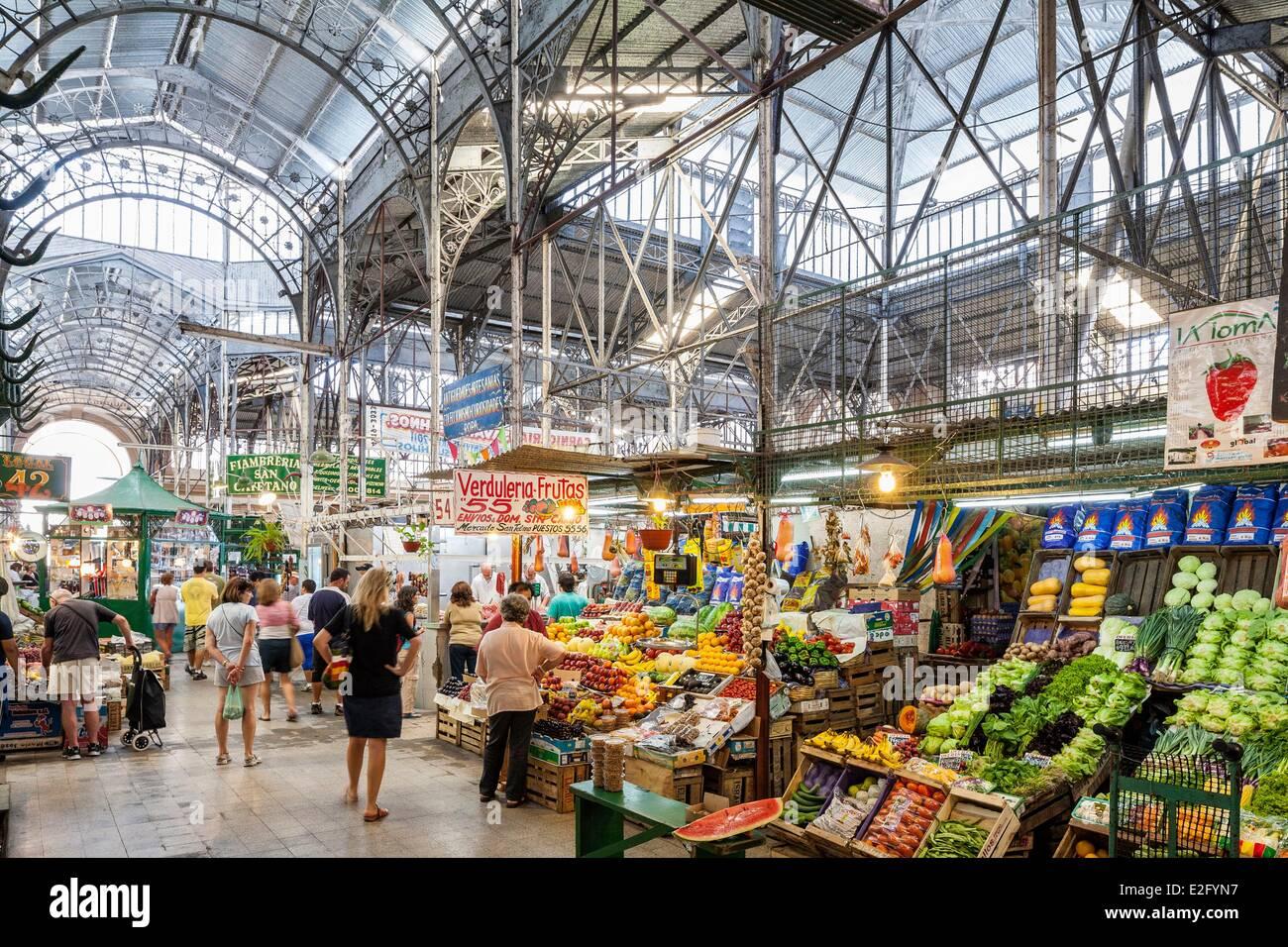 Argentinien Buenos Aires San Telmo Bezirk San Telmo Mercado Markthalle im Jahre 1897 vom Architekten Juan Buschiazzo Stockbild