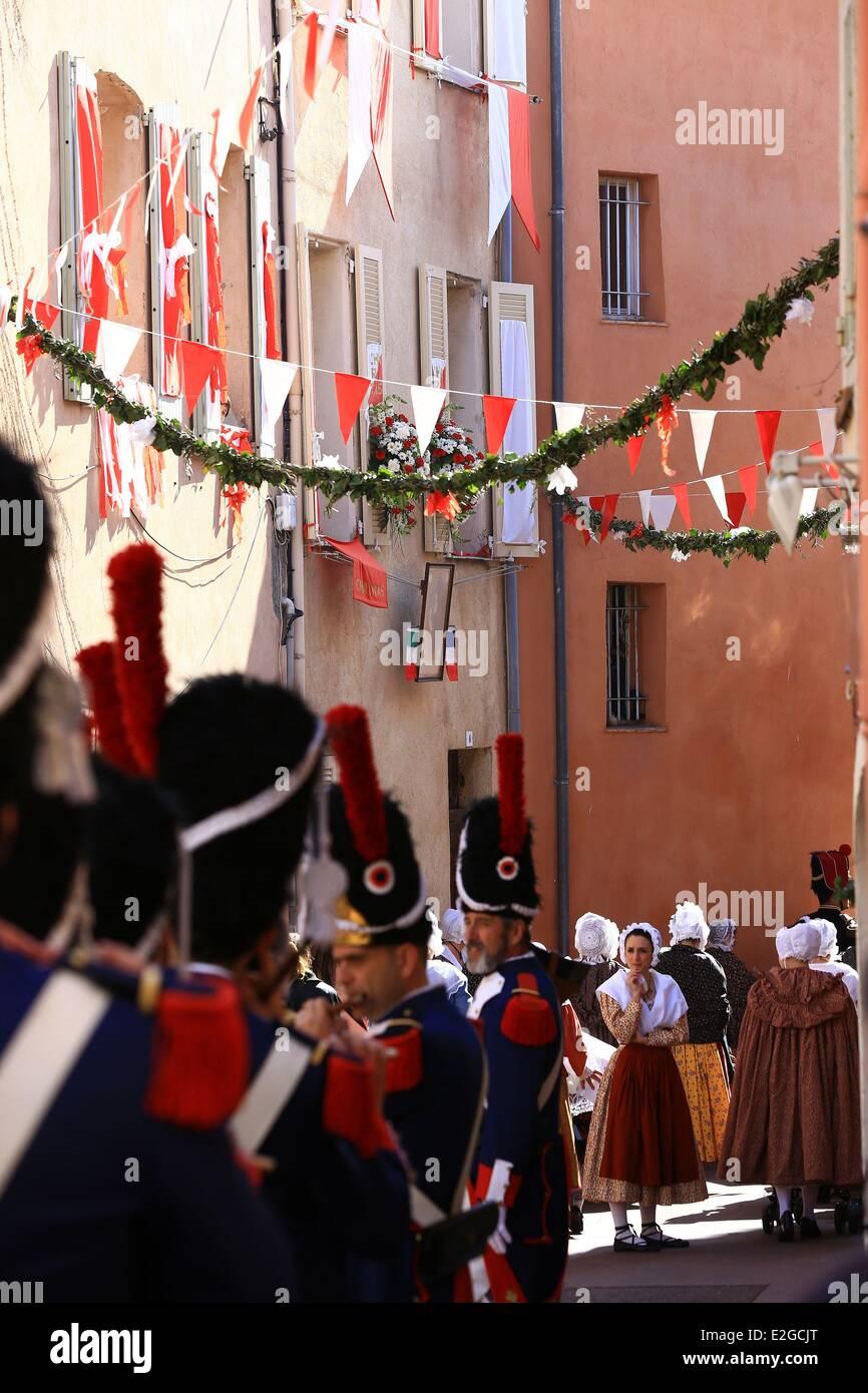Frankreich Var Frejus La Bravade Volksfest zu Ehren der Ankunft des Heiligen Franziskus von Paola in Stadt Stockbild