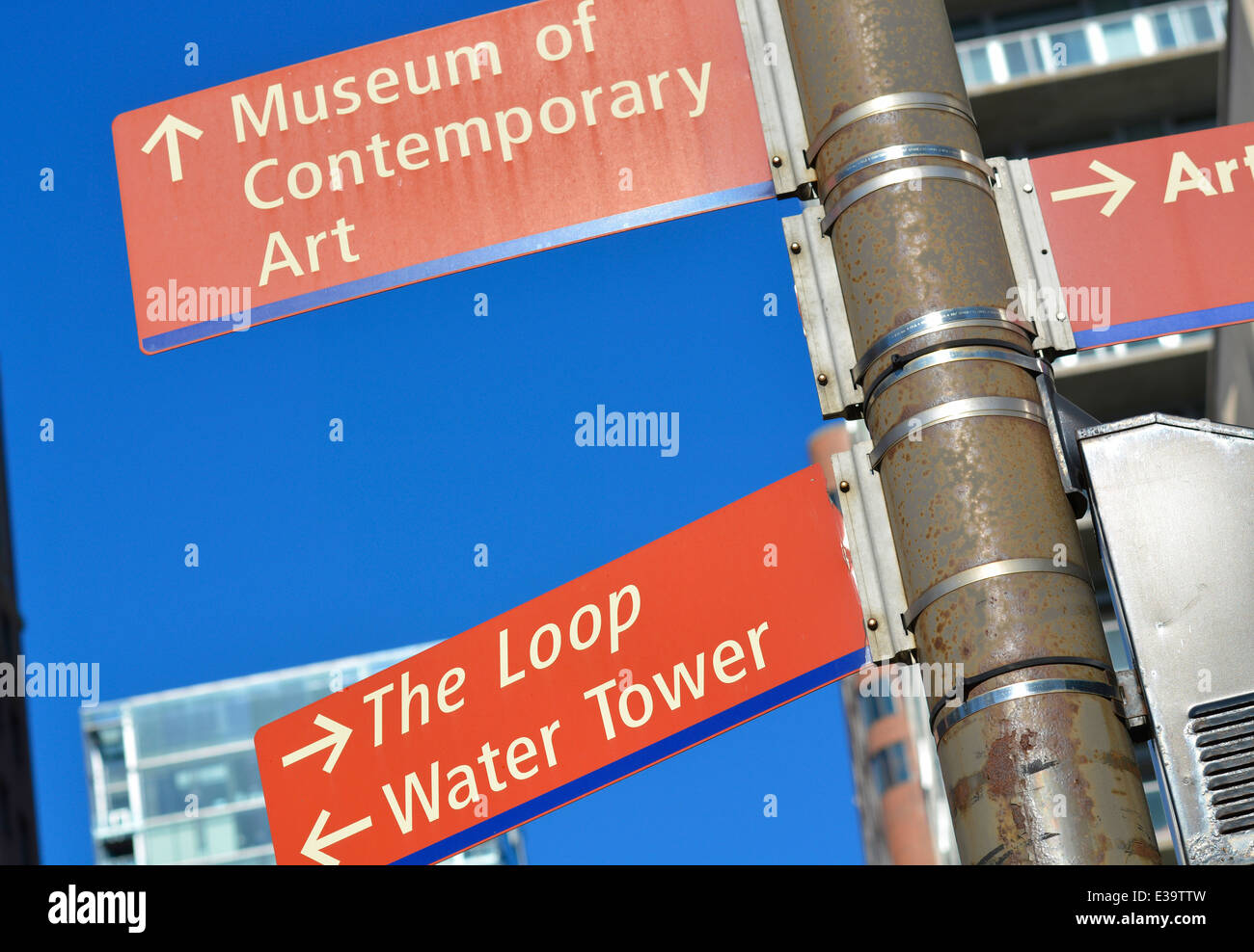 Chicago Straßenschilder, Schleife, Wasserturm, Museum für zeitgenössische Kunst Stockbild