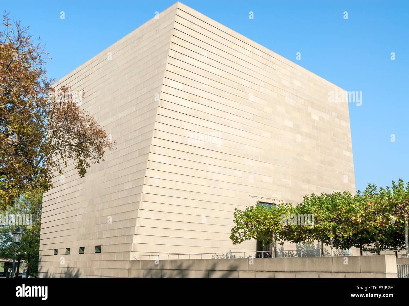 Neue Synagoge in Dresden, Sachsen, Deutschland.   Neue Synagoge von Dresden, Sachsen, Deutschland. Stockbild