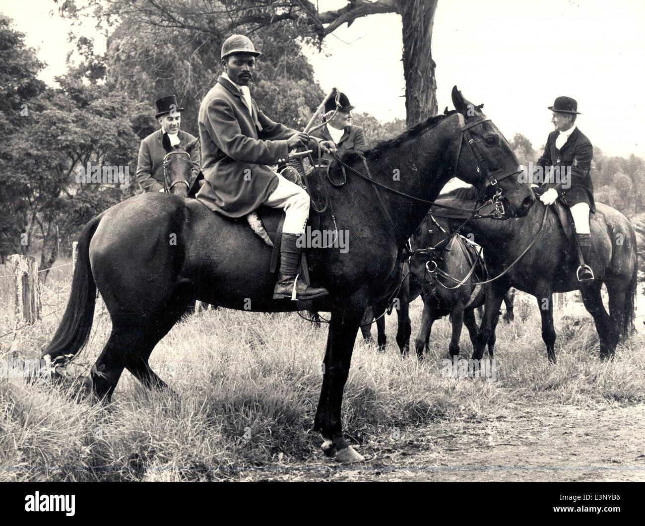 Jäger und Whipper in Limuru Hunt im Jahre 1970 ist Ndegwa Kuniara; der Master Hugh Morton ist zurück Stockbild