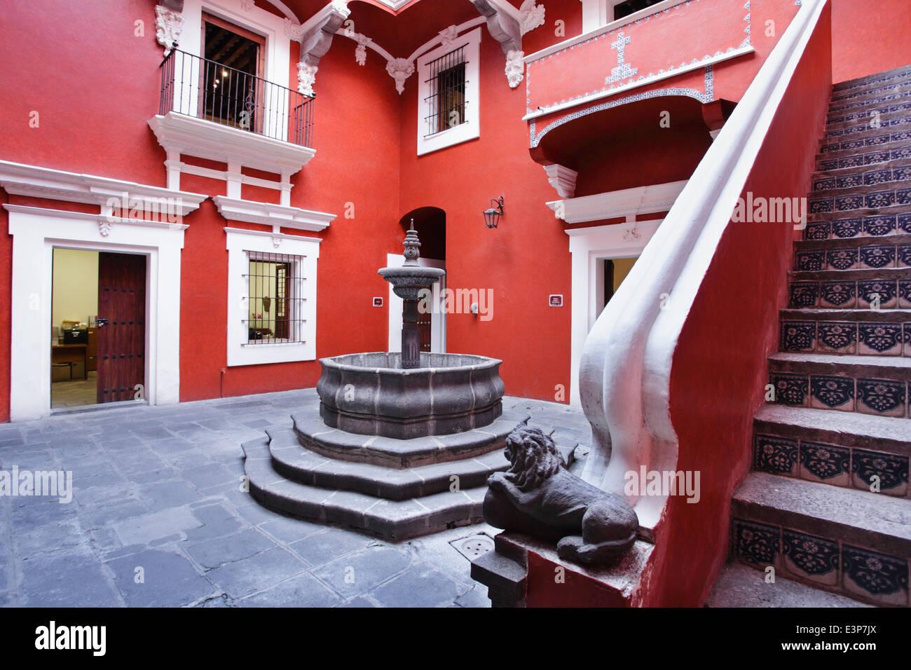 Terrasse des Casa del alfenique in Puebla, Mexiko. Stockbild