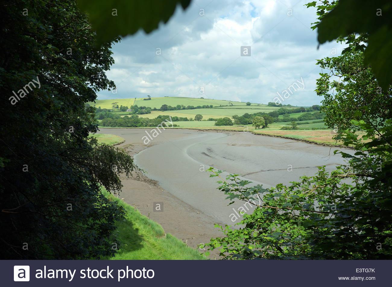 Die tidal River Tiddy am St.Germans in Cornwall, Großbritannien. Stockbild
