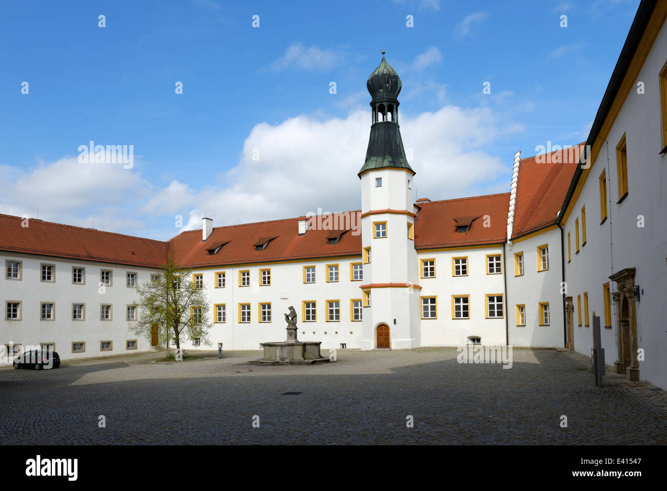 sulzbach rosenberg castle stockfotos sulzbach rosenberg castle bilder alamy. Black Bedroom Furniture Sets. Home Design Ideas