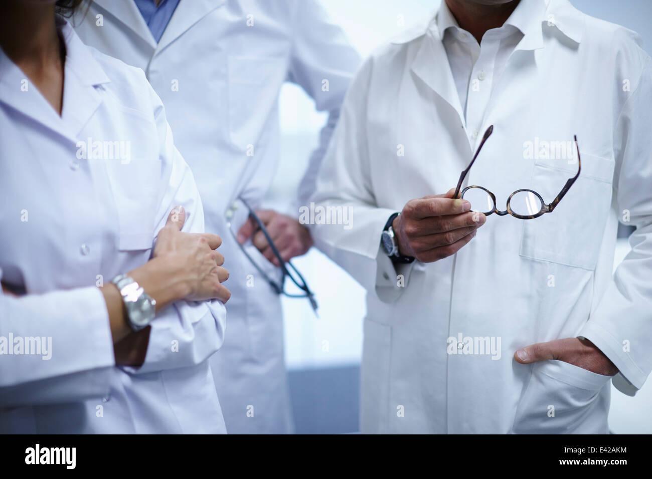 Ärzte unter brechen im Büro Stockfoto