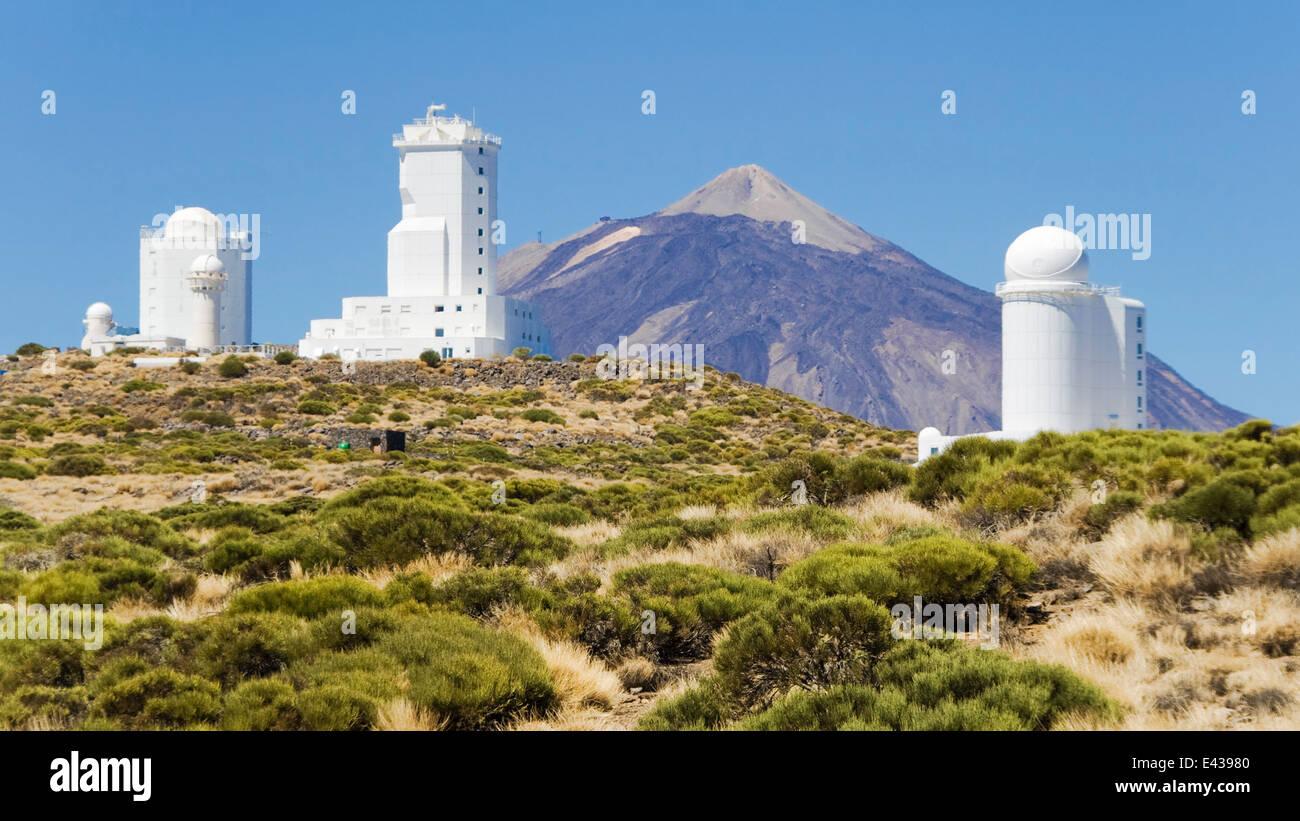 Teleskope für die astronomische observatorium izaña mit dem teide