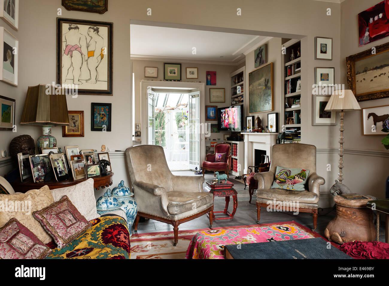 London nach Hause, shabby chic Wohnzimmer mit samt Sessel ...