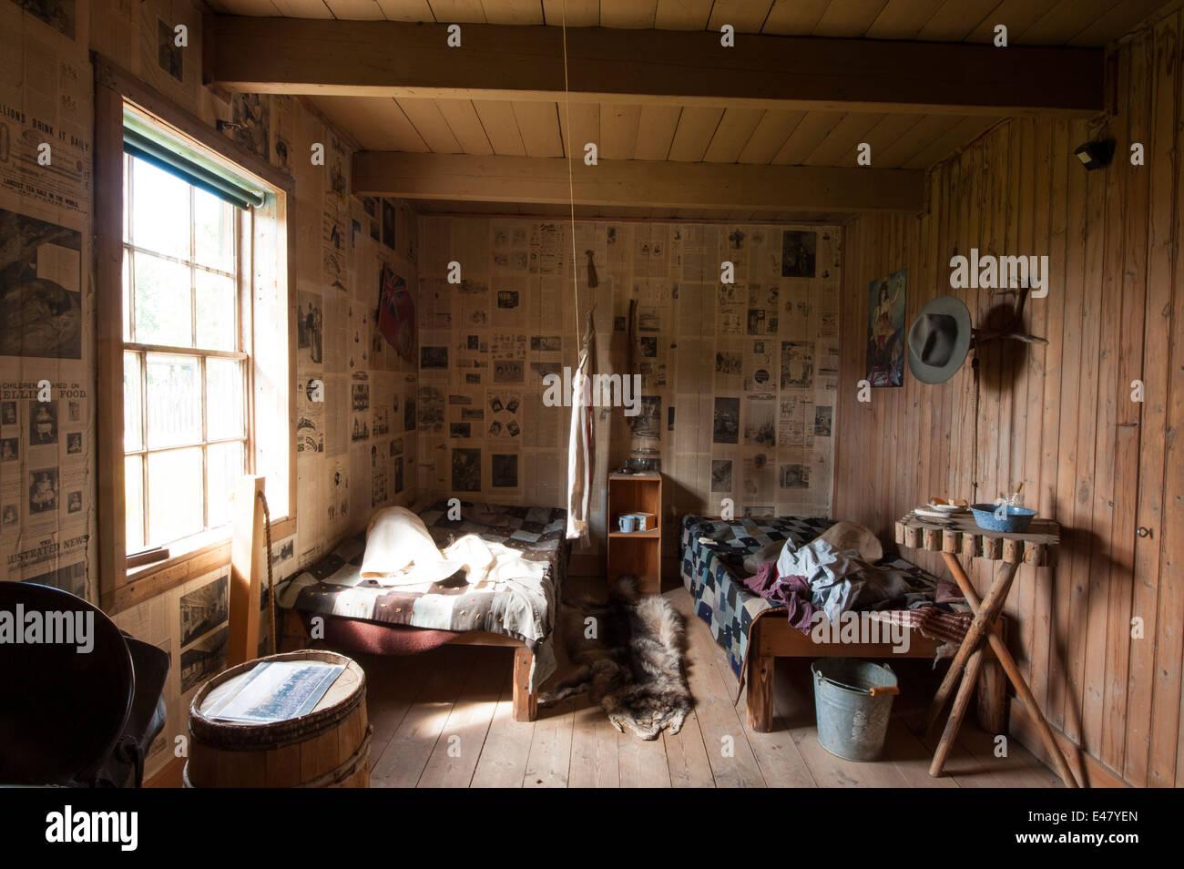 Alte Betten Schlafzimmer Möbel Blockhütte anzeigen Fort Saint St ...