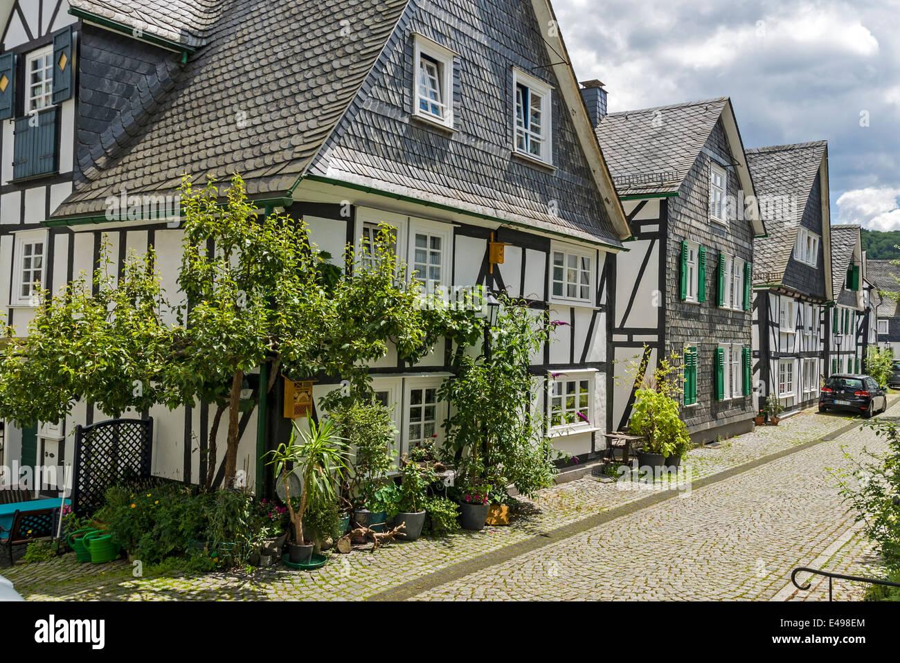 freudenberg h user in der altstadt nrw deutschland stockfoto bild 71504348 alamy. Black Bedroom Furniture Sets. Home Design Ideas