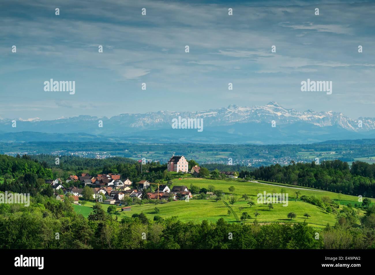 Deutschland, Baden-Württemberg, Constance Bezirk, Freudental Schloss vor Appenzeller Alpen und Säntis Stockbild