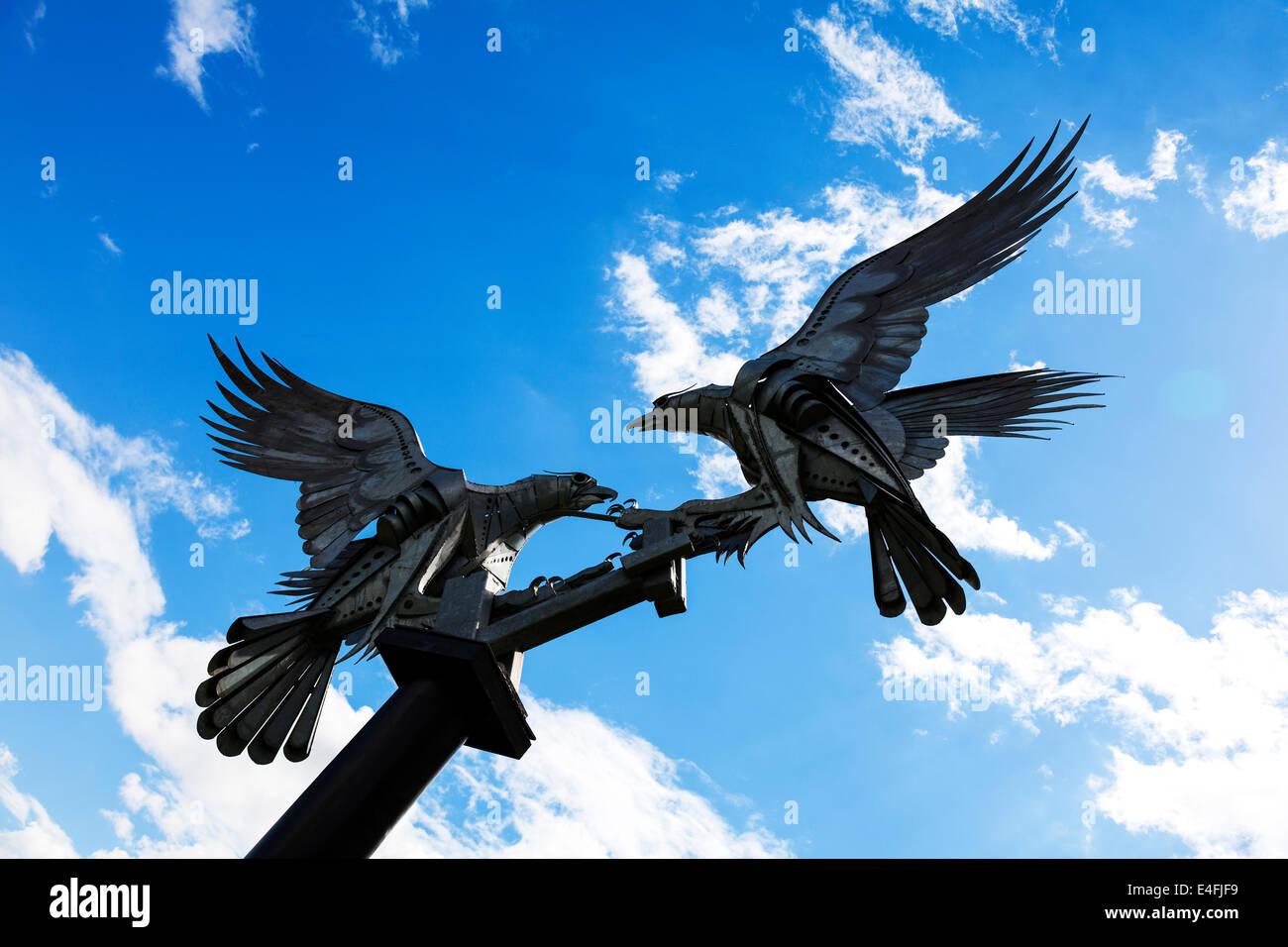 Malvern Bussarde Vögel Metallskulptur in Great Malvern von Walenty Pytel Stockbild