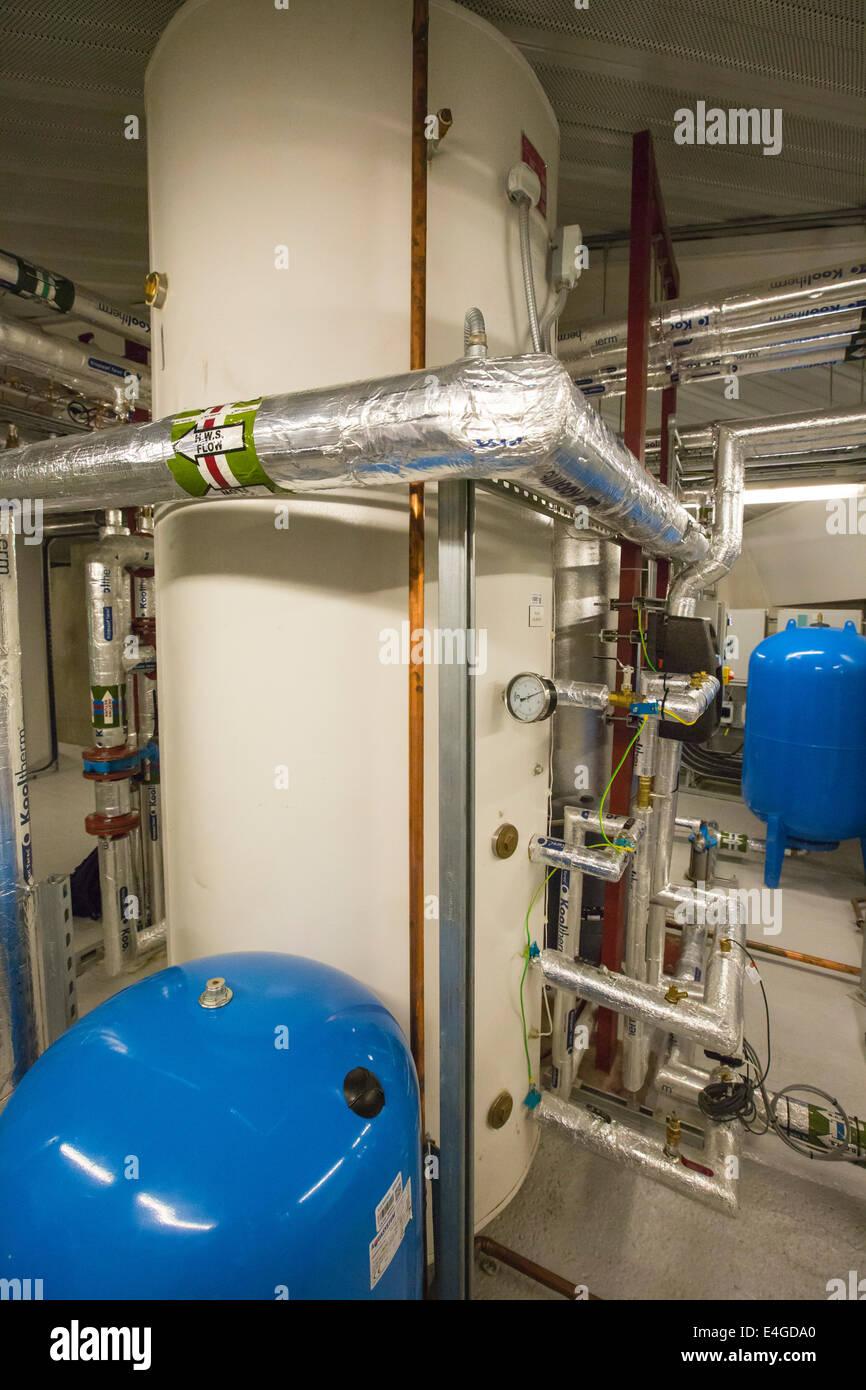 Beste Was Ist Ein Warmwassersystem Fotos - Der Schaltplan - greigo.com