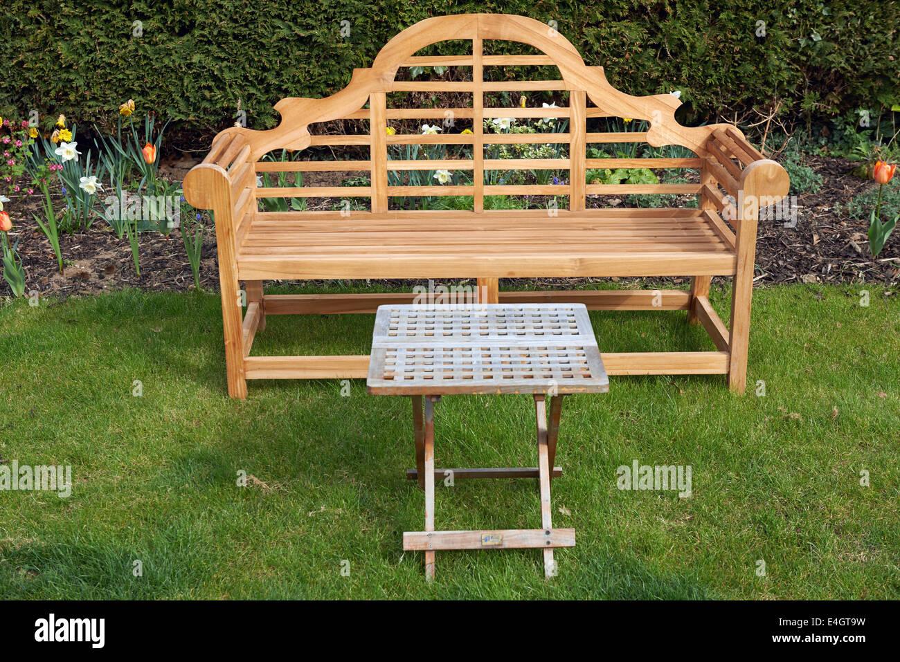 Lutyens Stil Garten Holzbank Stockfoto Bild 71670421 Alamy
